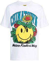 Chinatown Market Smiley Planter-print T-shirt - White