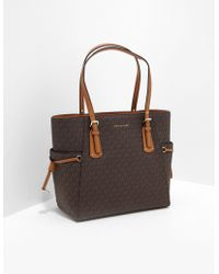 Michael Kors Voyager Signature Tote Bag Brown