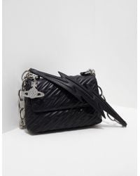 91a61231ea1 Vivienne Westwood Sharlenemania 7050 Large Quilted Bag With Flap ...