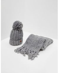 Barbour Chunky Hat And Scarf Set Grey