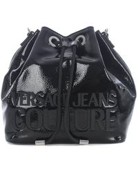 Versace Jeans Borsa A Secchiello Nera Con Macro Logo Gommato - Nero