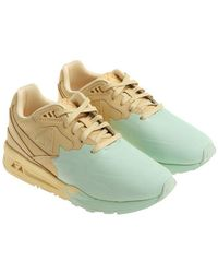 Le Coq Sportif - Yellow And Green Nubuk Lcs R800 S Sneakers - Lyst