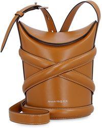 Alexander McQueen The Curve Leather Bucket Bag - Brown
