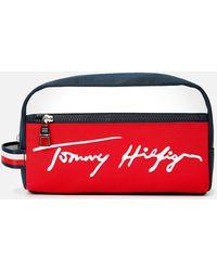 Tommy Hilfiger Signature Washbag - Red