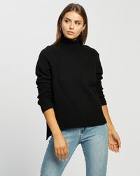 Atmos&Here Rose Turtle Neck Knit - Black