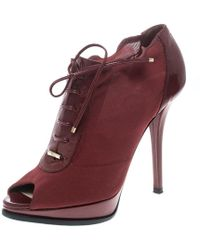ff6aa122465 Burberry - Elasticated Mesh And Patent Leather Lace Up Peep Toe Ankle  Booties - Lyst