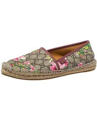 Gucci Beige/burgundy Canvas And Leather Flora Slip On Espadrilles Flats - Natural