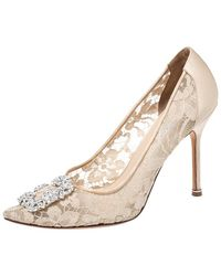 Manolo Blahnik Beige Lace And Satin Hangisi Pointed Toe Court Shoes - Natural