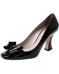 Miu Miu - Black Patent Leather Bow Pumps - Lyst