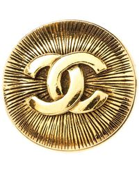 Chanel Vintage Cc Gold Tone Pin Brooch - Metallic