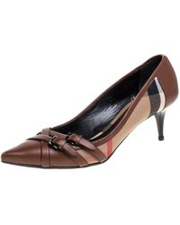 Burberry Brown Housecheck Canvas And Leather Pointed Toe Buckle Court Shoes