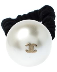 Chanel Cc Faux Pearl Embellished Hair Scrunchie - Black