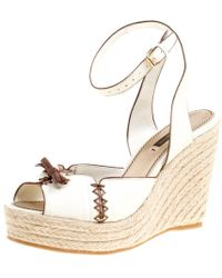 64a9185ffe3e Louis Vuitton - Off White Leather Ankle Strap Espadrilles Wedge Sandals Size  38 - Lyst