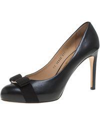 Ferragamo Black Leather Carla Vara Bow Court Shoes
