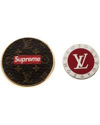 Louis Vuitton X Supreme Set Of 2 Pin Brooch - Multicolour
