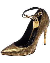 Tom Ford Gold Snakeskin Padlock Ankle Wrap Pointed Toe Pumps Size 36 - Metallic