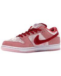 Nike Sb Dunk Low Strangelove Skateboards Sneakers - Pink