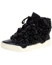 Chanel - Black Cc Camellia Leather High Top Sneakers - Lyst