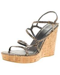 23557e6d9756 Stuart Weitzman - Metallic Silver Embossed Snakeskin Leather Cork Wedge  Strappy Sandals Size 40 - Lyst