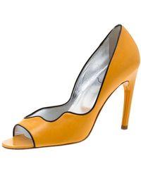 Roger Vivier \n Yellow Leather Heels