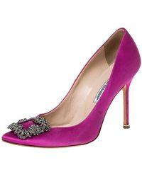 Manolo Blahnik Pink Satin Hangisi Crystal Embellished Court Shoes Size 38.5