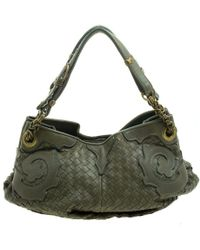 9d3c7f86255 Bottega Veneta - Intrecciato Leather Applique Shoulder Bag - Lyst