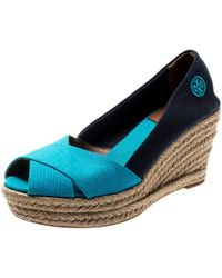 571ccfb3e Tory Burch - Two Tone Canvas Filipa Wedges Espadrille Sandals Size 37.5 -  Lyst