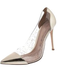 Gianvito Rossi Gold Patent Leather And Pvc Plexi Pointed Toe Court Shoes Size 41 - Metallic