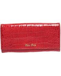 Miu Miu Red Crocodile Effect Patent Leather Flap Continental Wallet
