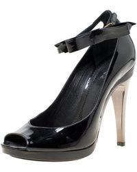 Chloé - Black Patent Leather Bow Detail Ankle Strap Peep Toe Pumps - Lyst