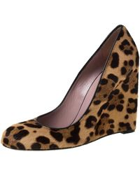 Gucci Two Tone Leopard Print Pony Hair Wedge Court Shoes - Brown