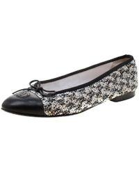 224086d93a617 Chanel Gray Black & Silver Tone Leather & Tweed Cap Toe Ballet Flats ...