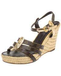 Louis Vuitton Monogram Canvas And Metallic Gold Leather Bahamas T Strap Espadrille Wedge Sandals - Brown