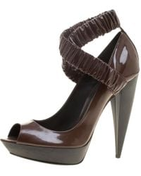 c7cc97fdb4e8 Burberry - Patent Leather Ruched Criss Cross Peep Toe Court Shoes - Lyst
