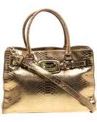 91444deea274 MICHAEL Michael Kors - Gold Metallic Python Embossed Leather Hamilton Tote  - Lyst