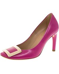 Roger Vivier Pink Leather Metal Logo Round Toe Court Shoes