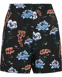 Markus Lupfer - Woman Printed Crepe Shorts Black - Lyst