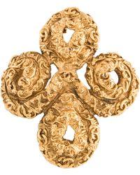 Chanel - Swirl Brooch Pin Gold - Lyst