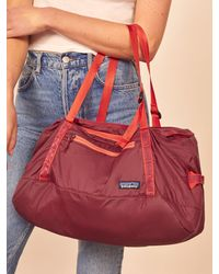 Reformation Patagonia Ultralight Black Hole Duffle 30l - Red