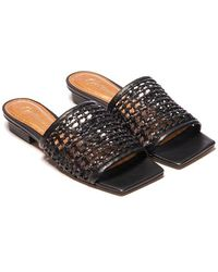 L'Intervalle Hibiscus Woven Sandal - Black