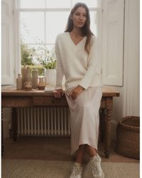 The White Company - Washed-satin Dipped-hem Skirt - Lyst