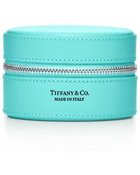 Tiffany & Co. Round Jewellery Case In Black Smooth Calfskin Leather, Small - Blue