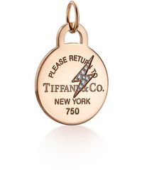 Tiffany & Co. - Return To Tiffanytm Etched Lightning Bolt Round Tag Charm In 18ct Rose Gold - Lyst