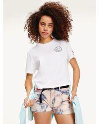 Tommy Hilfiger Cropped T-shirt Van Biologisch Katoen Met Smiley-print - Wit