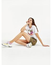 Tommy Hilfiger Cropped T-shirt Met Camouflageprint - Wit