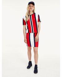 Tommy Hilfiger Biologisch Katoenen T-shirt Met Multicolourstrepen - Wit