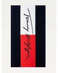 Tommy Hilfiger Katoenen Badlaken Met Signature-logo - Blauw