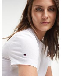 43ca7391e Tommy Hilfiger 90s Long-sleeve Logo T-shirt in White - Lyst