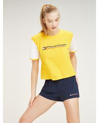 Tommy Hilfiger T-shirt Met Colour-blocked Mouwen - Geel