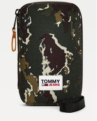 Tommy Hilfiger Urban Essentials Camouflage Phone Case - Green